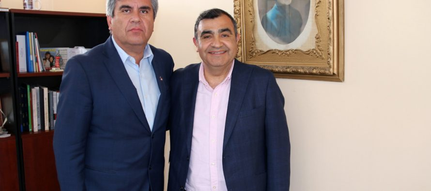 Alcalde de Punitaqui realizó visita protocolar a Vicuña para recoger ideas para su comuna