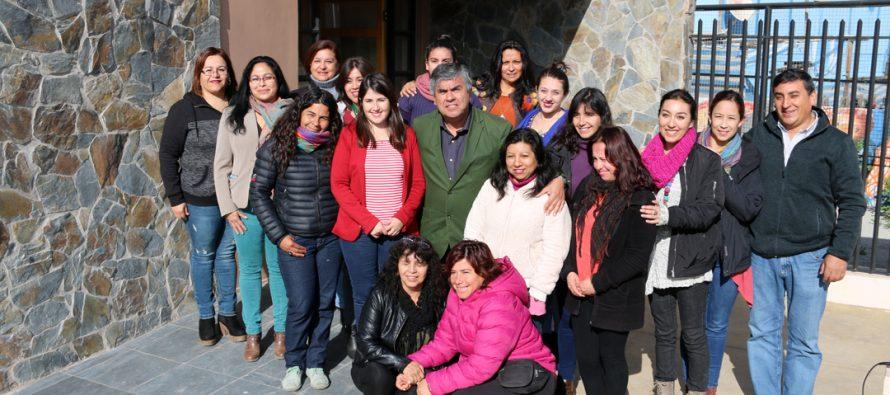 Fundación PRODEMU y Municipalidad de Vicuña buscan potenciar nuevas lideresas