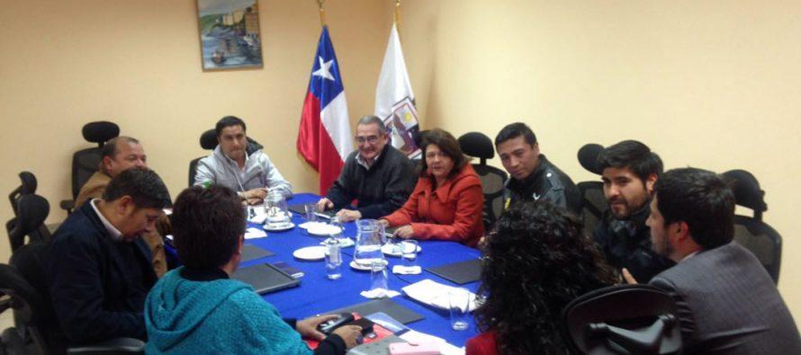 Concejos municipales de Elqui se informan sobre explotación de  máquinas de azar