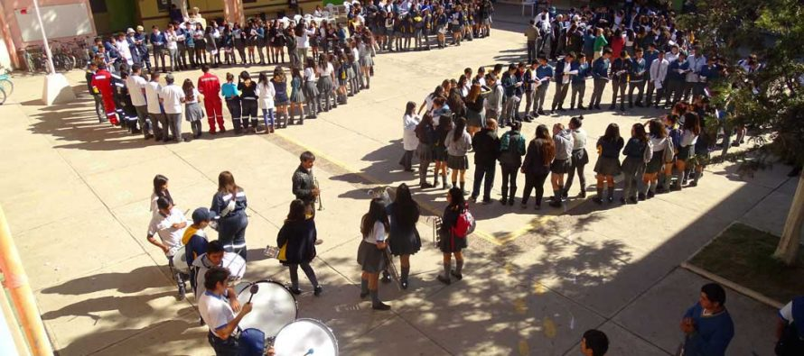 Liceo Carlos Mondaca Cortés de Vicuña convoca al  Primer Festival de la Canción en Inglés