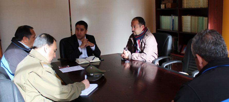 Autoridades y Carabineros analizan plan de contingencia para Fiestas Patrias en Paihuano