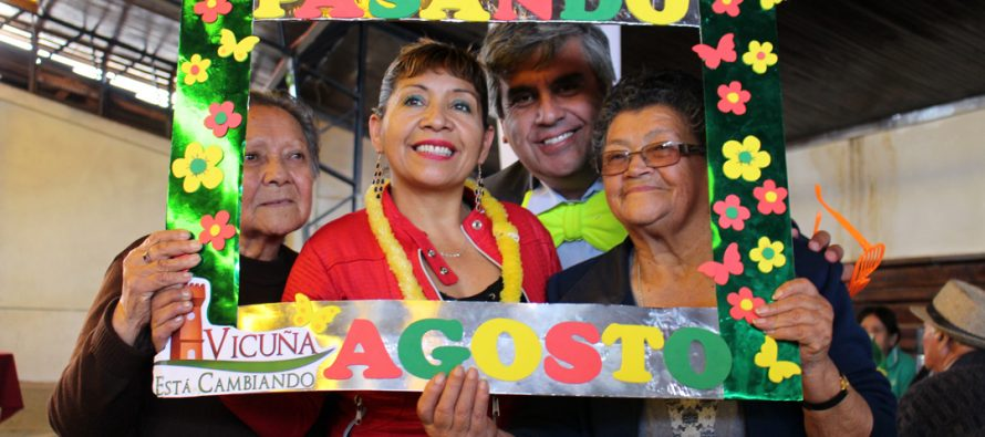 """Más de 300 adultos mayores celebraron el """"Pasamos agosto"""" en la comuna de Vicuña"""