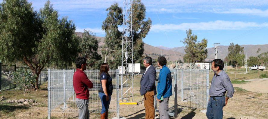 Instalan estación meteorológica autosustentable en el Parque Los Pimientos de Vicuña