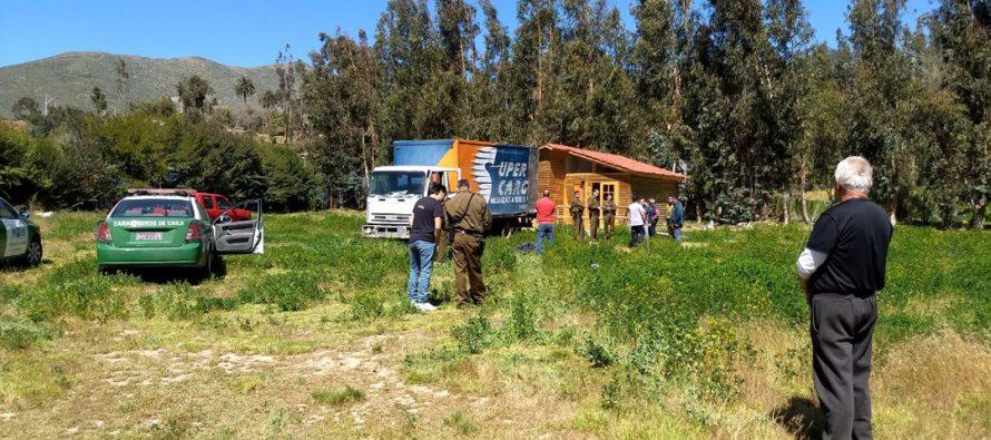 Delincuentes detenidos por Carabineros por robo en parcela de localidad de El Hinojal