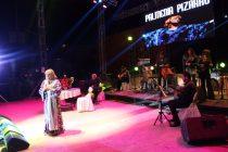 Palmenia Pizarro y el Huaso Filomeno hicieron recordar y reir en la Pampilla de San Isidro