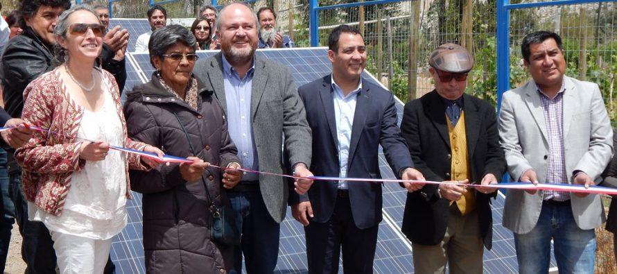 Inauguran el primer sistema de energización fotovoltaica para APR conectado a la red