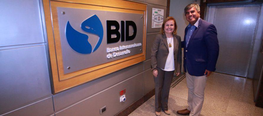 Vicuña realiza gestiones en el BID para desarrollar proyecto turístico sustentable en el Valle del Elqui