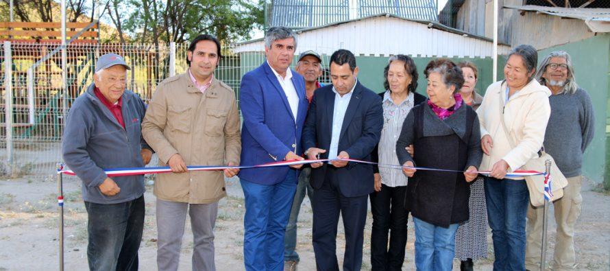 Paneles foto y termo voltaicos son inaugurados en liceo y club deportivo de la comuna de Vicuña
