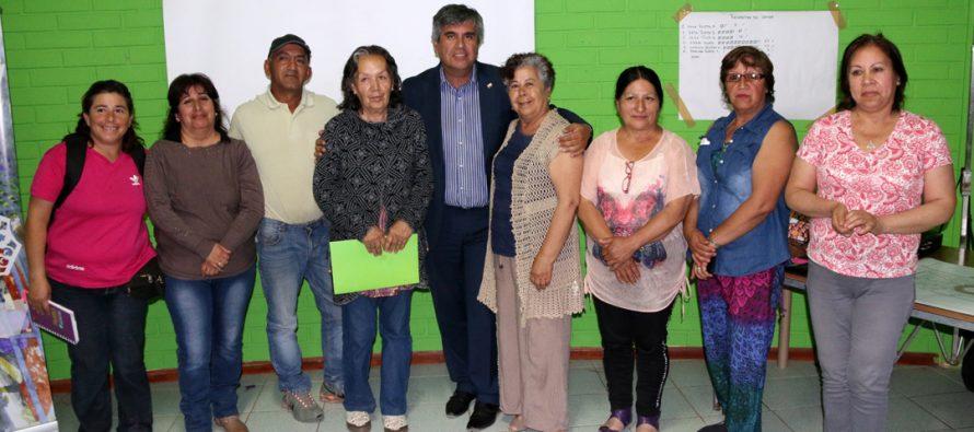 Vecinos de El Tambo definen como desean la remodelación de su patrimonial plaza