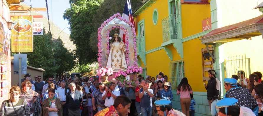 Pisco Elqui celebró fiesta patronal en honor a la Virgen del Rosario