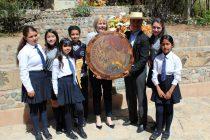 Embajadora de EEUU destaca trabajo en educación realizado en comuna de Paihuano