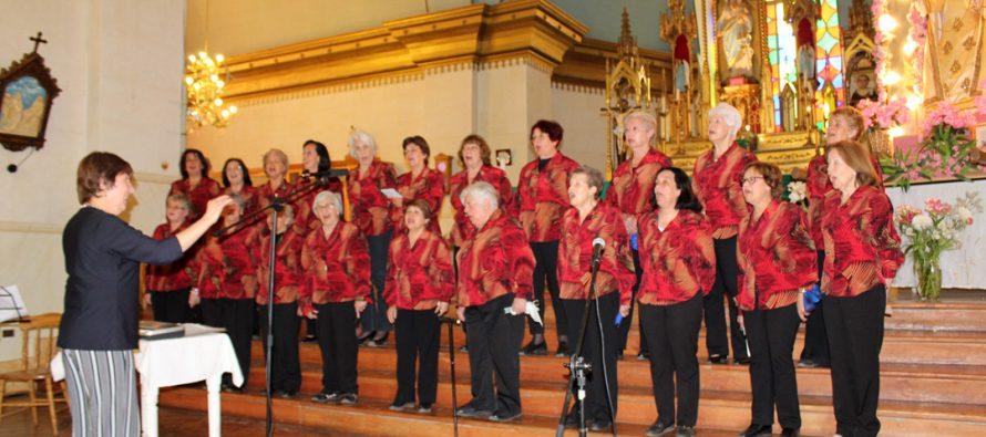 Coro de Las Condes deleitó al público en Pisco Elqui