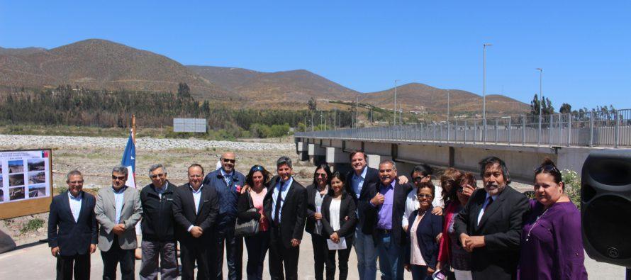 Nuevo puente mejora la conectividad de vecinos de Altovalsol
