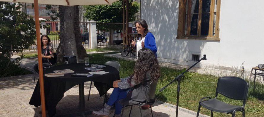 """Finaliza ciclo de charlas """"Habitar el mundo desde Gabriela Mistral"""""""