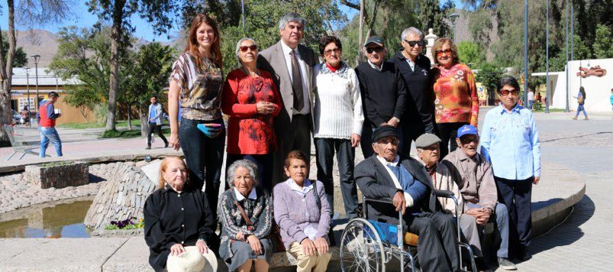 Adultos mayores participaron de jornada de salud preventiva del programa Vínculos en Vicuña