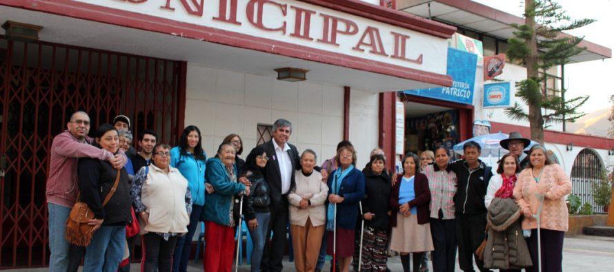 Personas con discapacidad visual visitan de manera gratuita el observatorio Mamalluca