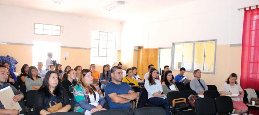 Realizan seminario referente al maltrato infantojuvenil en Vicuña