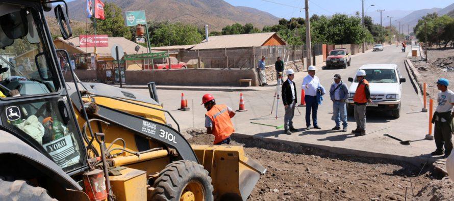 Avanza reposición de pavimentos dañados por lluvias en localidad de Marquesa