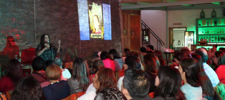 Conocida escritora y psicoastróloga nacional ofreció charla sobre astrología china en Pisco Elqui