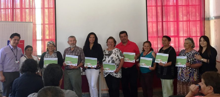 Dirigentes sociales de la comuna de Vicuña se capacitaron sobre programas habitacionales