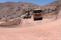 Avanzan las mejoras de la Ruta Antakari que conecta las comunas de Vicuña y Río Hurtado