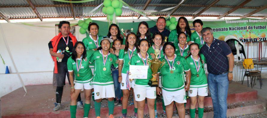 CD Unión Esperanza fueron las campeonas del torneo de Clausura de la Liga Femenina