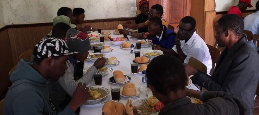 Organizan celebración de Año Nuevo para la comunidad migrante en parroquia de Vicuña