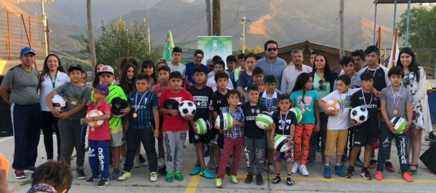 Actividades deportivas y artísticas dieron el cierre al programa Ritmo y Color en Vicuña