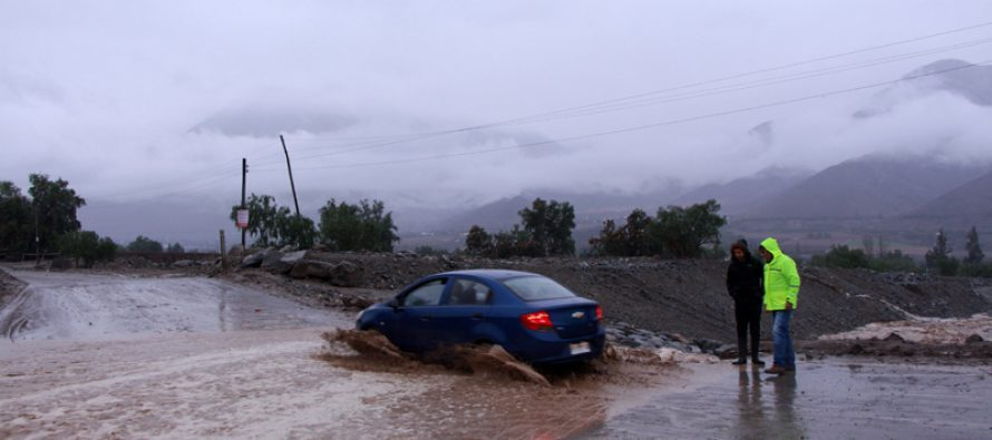 Declaran alerta amarilla por lluvias para Vicuña y Paihuano