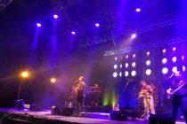 Kevin Johansen se presentó en un nuevo Mistral en Concierto en Pisco Elqui