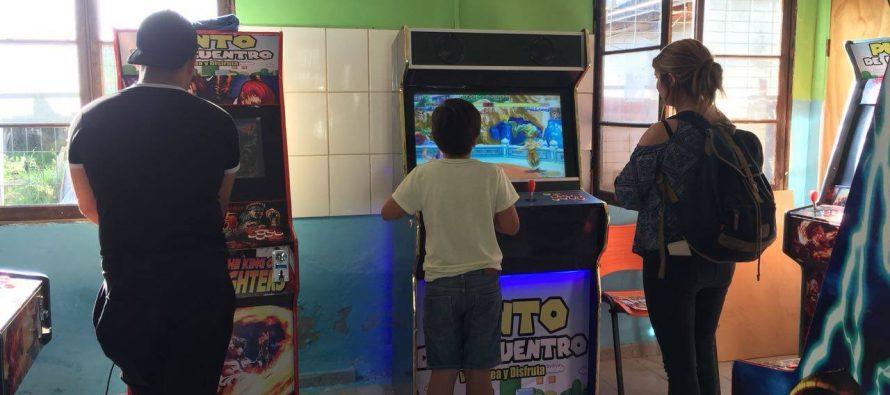 Los juegos electrónicos de Arcade vuelven a tomar vida en la comuna de Vicuña