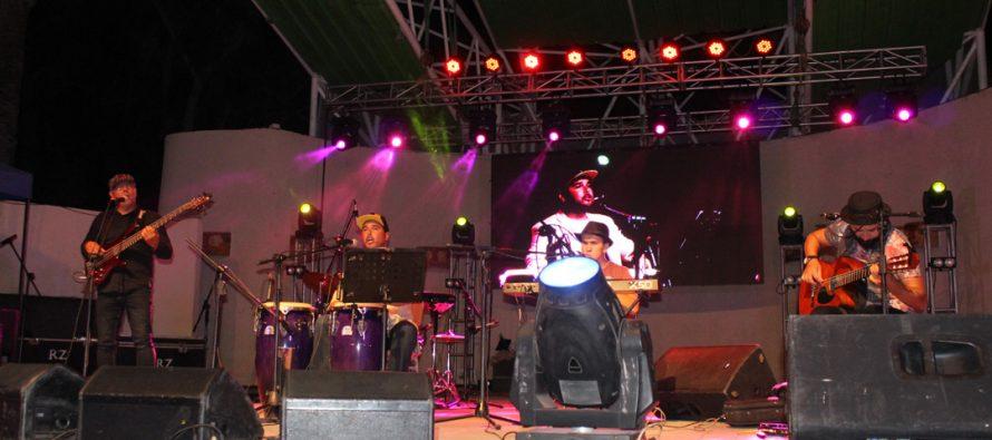 """Talento y diversos estilos musicales disfrutó el público en un exitoso """"Día del Artista Vicuñense"""""""