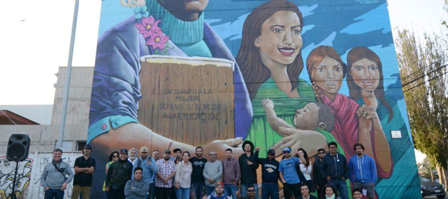 Colectivo Irregular Crew inauguró el mural más grande de la ciudad dirigido a Gabriela Mistral