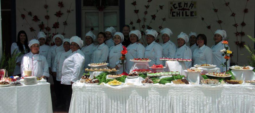 Mujeres se capacitaron en repostería para enfermos crónicos en Vicuña