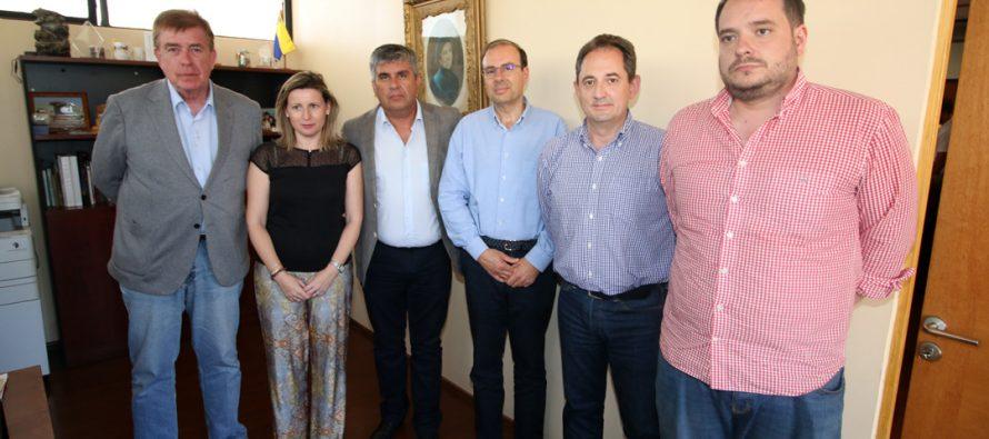 Delegación de empresarios españoles visitan Vicuña para realizar alianzas comerciales