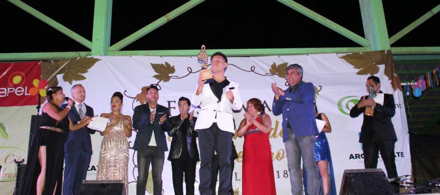 Cantante de Puerto Montt fue el ganador de la 6ta versión del Festival Racimo de Uva de Oro