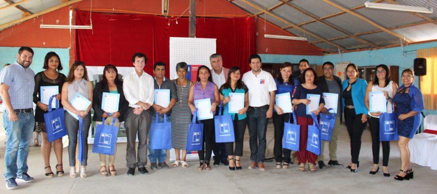Con emoción 35 familias de la comuna de Vicuña recibieron subsidios habitacionales