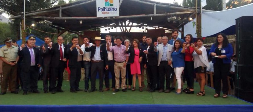 Feria costumbrista de Paihuano inicia su celebración con masiva convocatoria