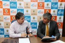 Municipios de Vicuña y Valdivia establecen convenio para realizar actividades en conjunto