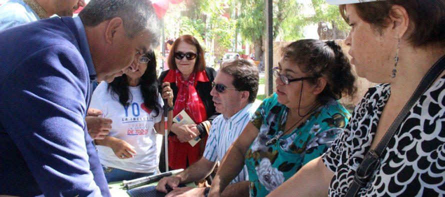 Agrupación Adisvi presenta a la comunidad lo aprendido en capacitación en sistema Braille