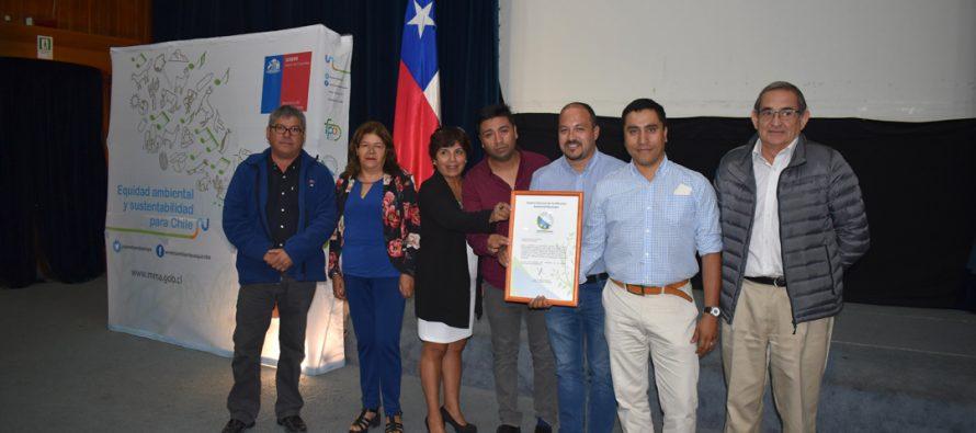 Seremi del Medio Ambiente certifica a municipios de Vicuña y Paihuano por fortalecer sus procedimientos