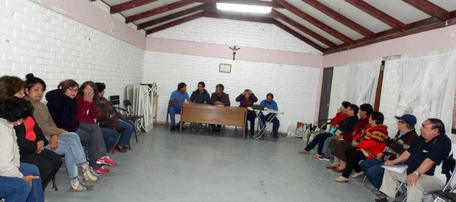 Alcalde de Vicuña se reúne con vecinos de la población Tocopilla para conocer sus inquietudes