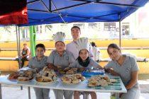 """Realizan participativa feria de gastronomía """"Cocineros en Acción"""" en escuela de San Isidro"""
