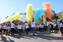 Masiva participación familiar en la Corrida Eclipse de Colores en Vicuña