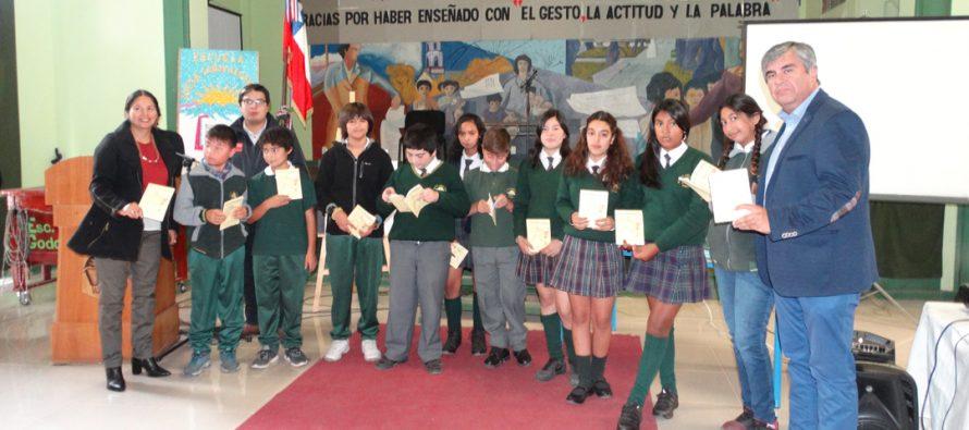 Senda y municipio de Vicuña lanzan campaña contra las drogas en colegios de la comuna