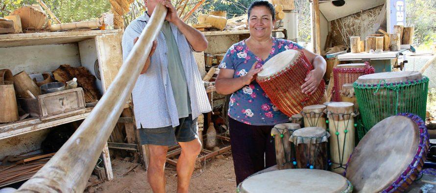 "Artesana vicuñense Sara Tirado: ""Cada tambor que elaboramos es único"""
