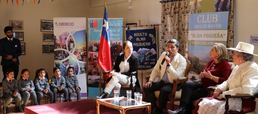 Primera Dama da a conocer una serie de beneficios para adultos mayores de la comuna de Paihuano