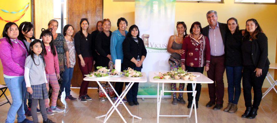 La comida saludable es parte un  nuevo taller para mujeres elquinas impartido por el municipio