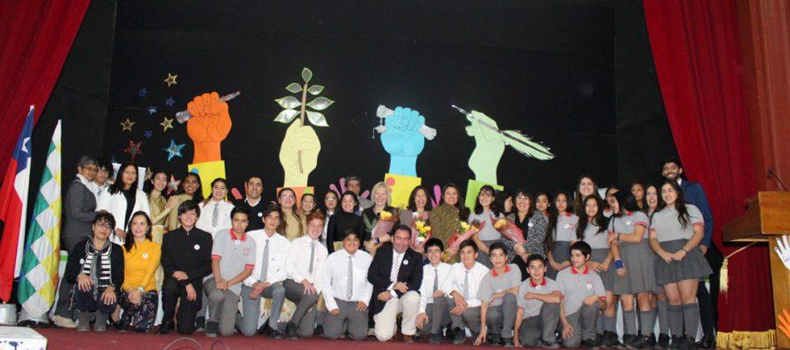 Lanzan programa de inglés que beneficiará a 30 estudiantes de enseñanza media en el Valle de Elqui