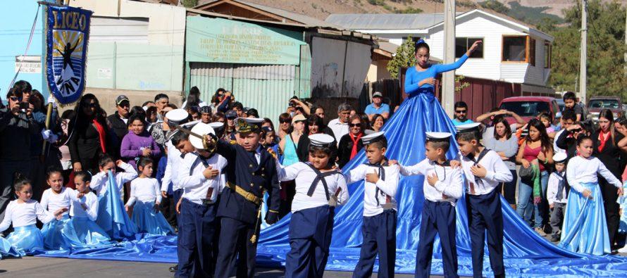 Vicuña rinde homenaje a las Glorias Navales con acto y desfile en la Avenida Las Delicias